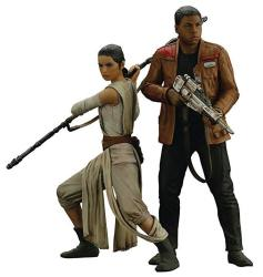Kotobukiya Star Wars Force Awakens Rey & Finn Artfx Statue Set Action Figure