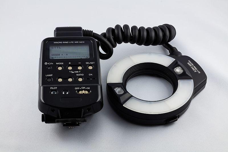 Canon MR-14EX Macro Ringlite