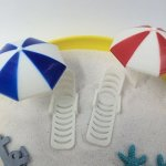 FUNSHOWCASE Plastic Summer Beach Chairs With Umbrellas Aquarium Terrariums Miniature Garden Fairy Gardens Doll House Cake Topper