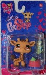 Hasbro Littlest Pet Shop Exclusive Figure Giraffe Geoffrey Valentine's Day Package