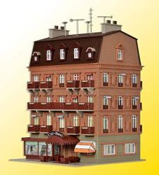 "USA City Hotel -- 5-3 8 X 5-1 16"" 13.8 X 13CM"